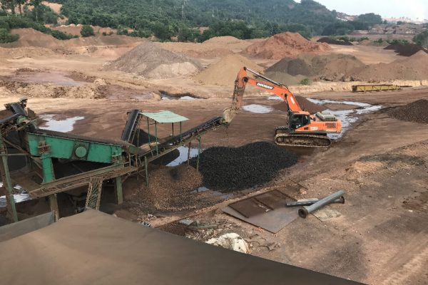 Doosan DX340 Standard Excavator at Tasik Chini (Manganese)