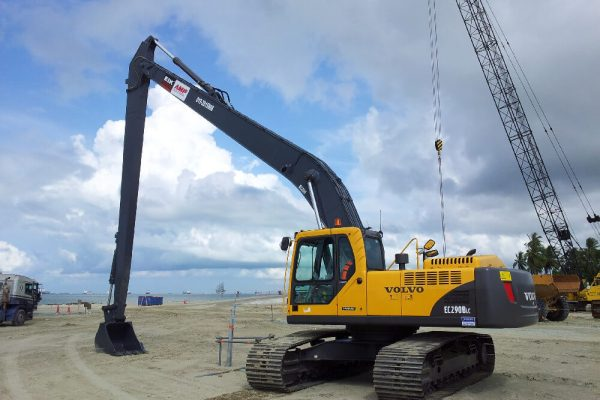 Long Reach Excavator Volvo EC290