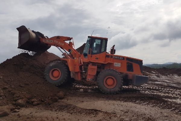Wheel Loader SD310 at Tasik Chini