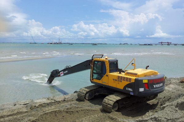 18M Long Reach Excavator Volvo EC290