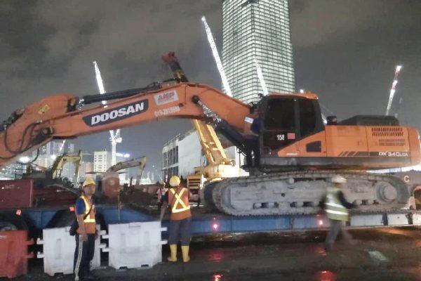 Standard Excavator Doosan DX340
